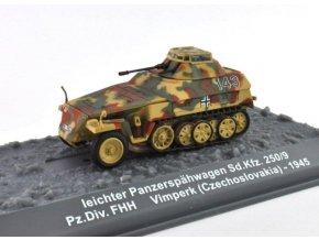 Altaya - Sd.Kfz.250/9 s 2 cm KwK 38, Pz. Div. Feldherrnhalle, Vimperk, 1945, 1/72