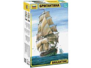 Zvezda - anglická Brigantina, Model Kit 9011, 1/100