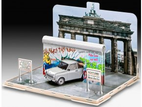 "Revell - diorama Pád berlínské zdi - 30 let výročí s Trabantem, 30th Anniversary ""Fall of the Berlin Wall"", Gift-Set 07619, 1/24"