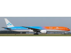 "Aviation 400 - Boeing B777-300ER, dopravce KLM, ""Orange Pride With 100years Logo"", Nizozemí, 1/400"