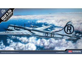 Academy -  B-29 Superfortress, Enola Gay nebo Bockscar, Model Kit 12528, 1/72