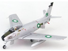 Hobbymaster - North American F-86F-40 Sabre , pakistánské letectvo, Taiwan, Sqn.Leader Mohammed Mahmood Alam, 1/72