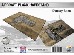 50492 wooden hardstand branding