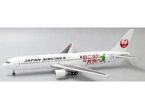 "JC Wings - Boeing  B767-300ER, dopravce Japan Airlines ""Visit Kyushu Livery"" JA656J With Stand, Japonsko, 1/200"