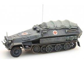 sdkfz 251 8b sanitaetspanzer
