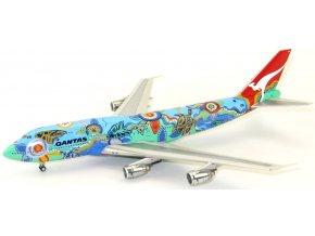 "J Fox - Boeing  B 747-338, dopravce Qantas, ""Nalanji Dreaming"" Colors, Austrálie, 1/200"