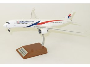 Inflight200 - Airbus A350-900, společnost Malaysia Airlines, Malajsie, 1/200