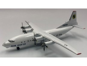 Kum Model - Antonov An-12, dopravce Air Sofia LZ-SFA Bulharsko, 1/200