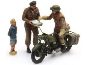 uk triumph motorcycle 3 figures