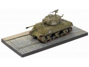 Dragon - diorama M4A2 76W Sherman, sovětská armáda, 2.tanková armáda, Berlín, 1945, 1/72