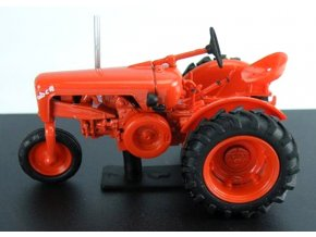 Altaya/IXO - traktor OTO C 18 R3, 1953, 1/43