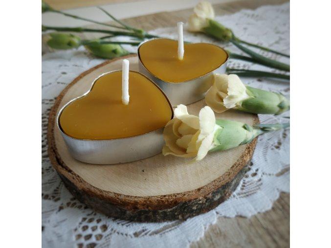 Čajová včelia sviečka srdce 1ks VONIA