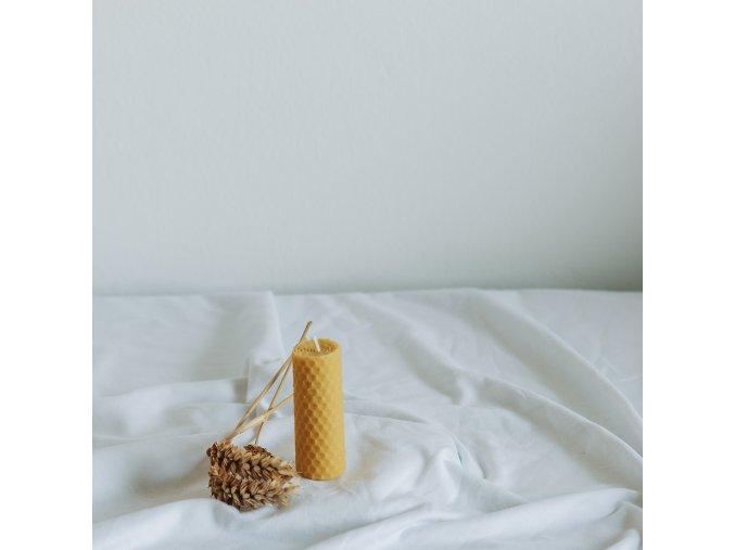 Vosková sviečka 80x30 mm VONIA
