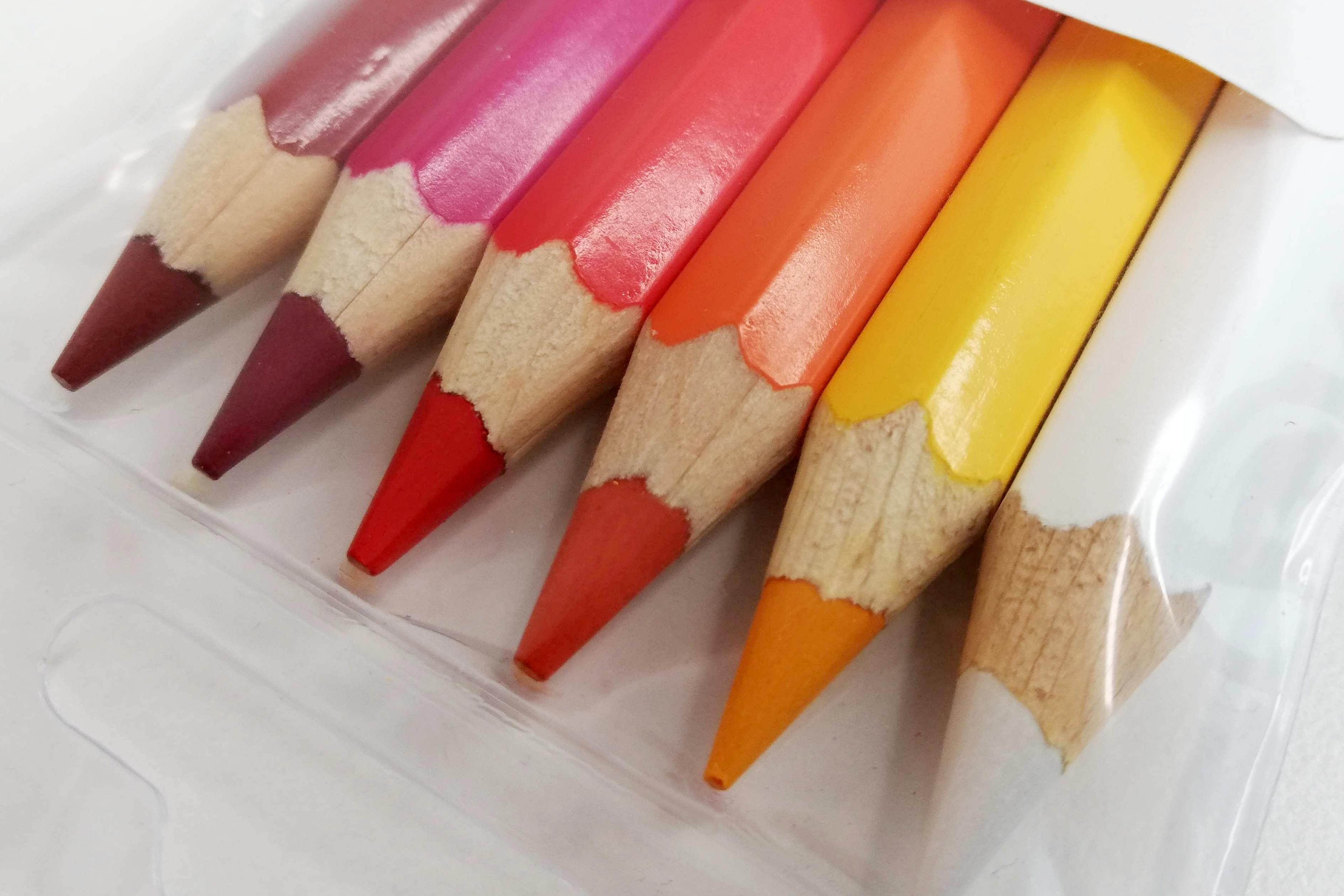 Kvalita vs. cena: Jak kreslí pastelky za 3,50 Kč?