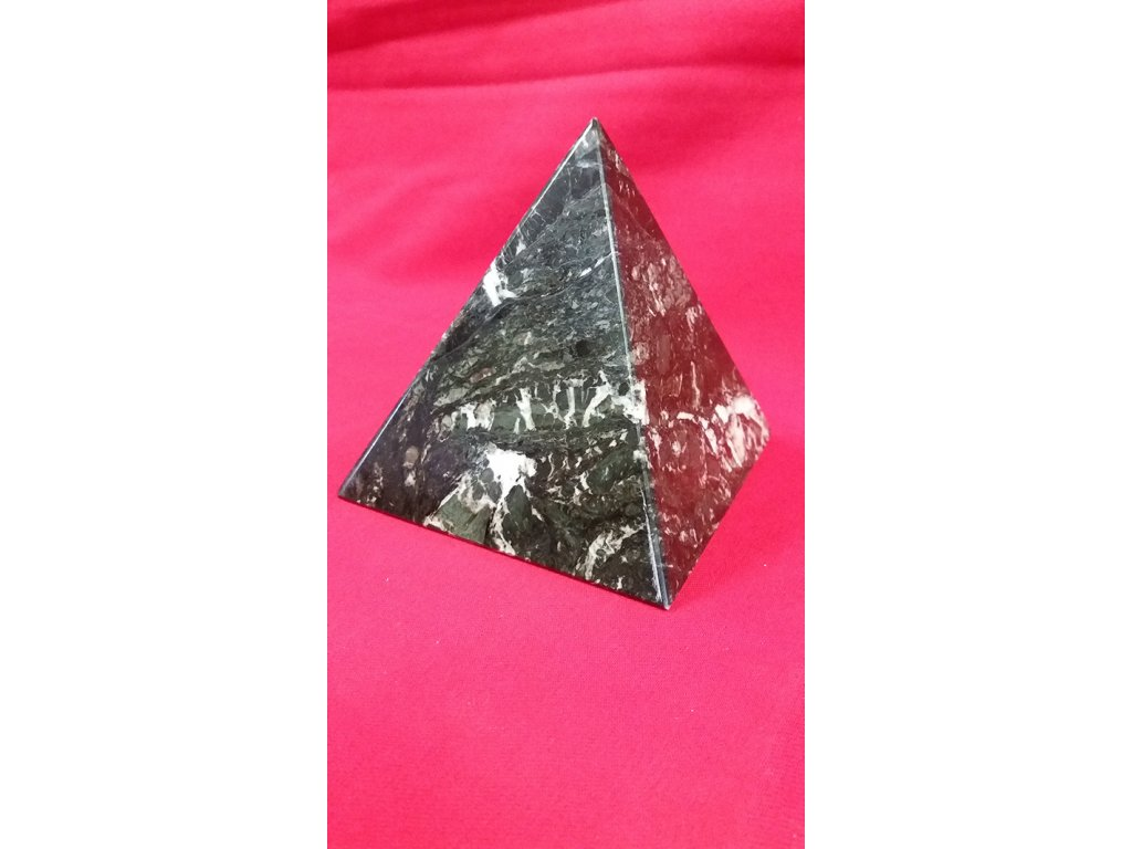 pyramida 1 2 mramor santana