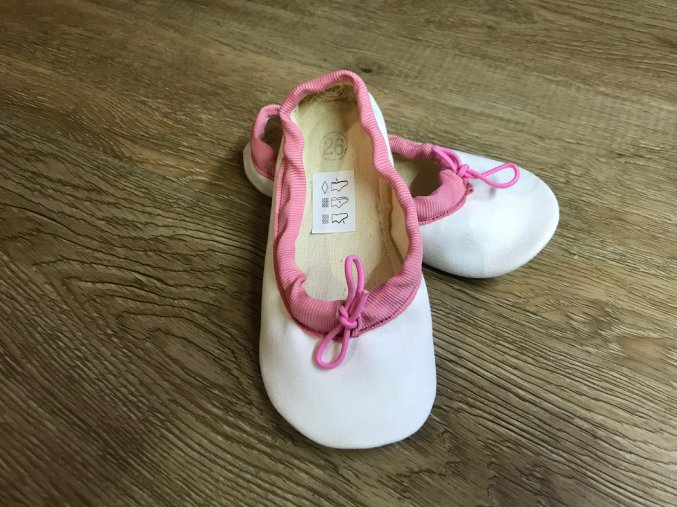 Wins Gábi - gymnastické/taneční barefoot cvičky
