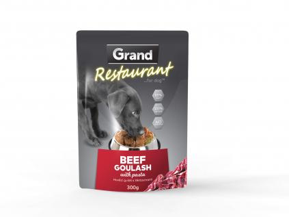 Grand restaurant hovězí guláš s těstovinami kapsička pro psy   300g - vsepropejska.cz