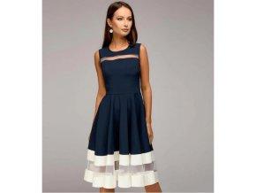 5e2eb8deab2 Společenské světle modré dlouhé šaty se zdobením u krku a v pase ...