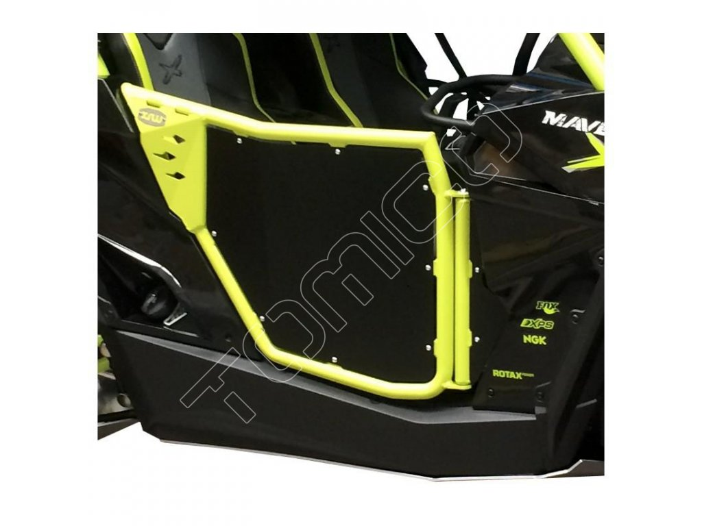 Dveře XRW na Can-Am Maverick XDS Turbo