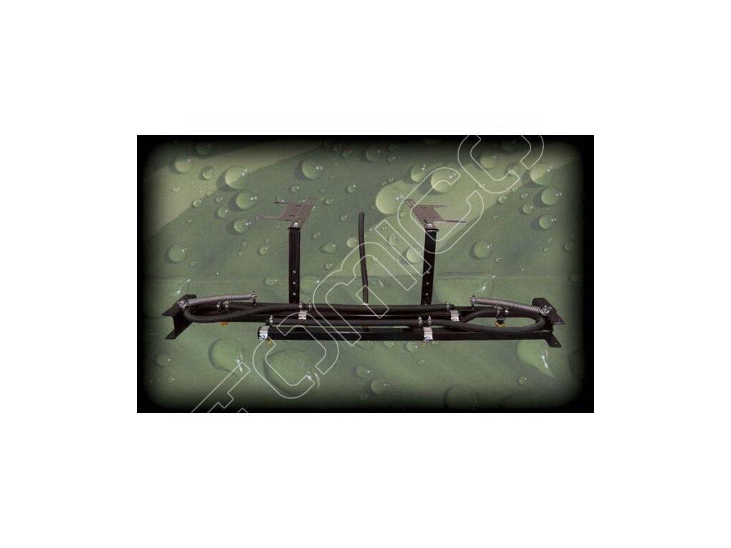 Adaptér se sedmi tryskami pro postřikovač na čtyřkolku
