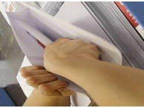 Plnění obálek letáky a dodávání nadepsaných + ofrankovaných obálek