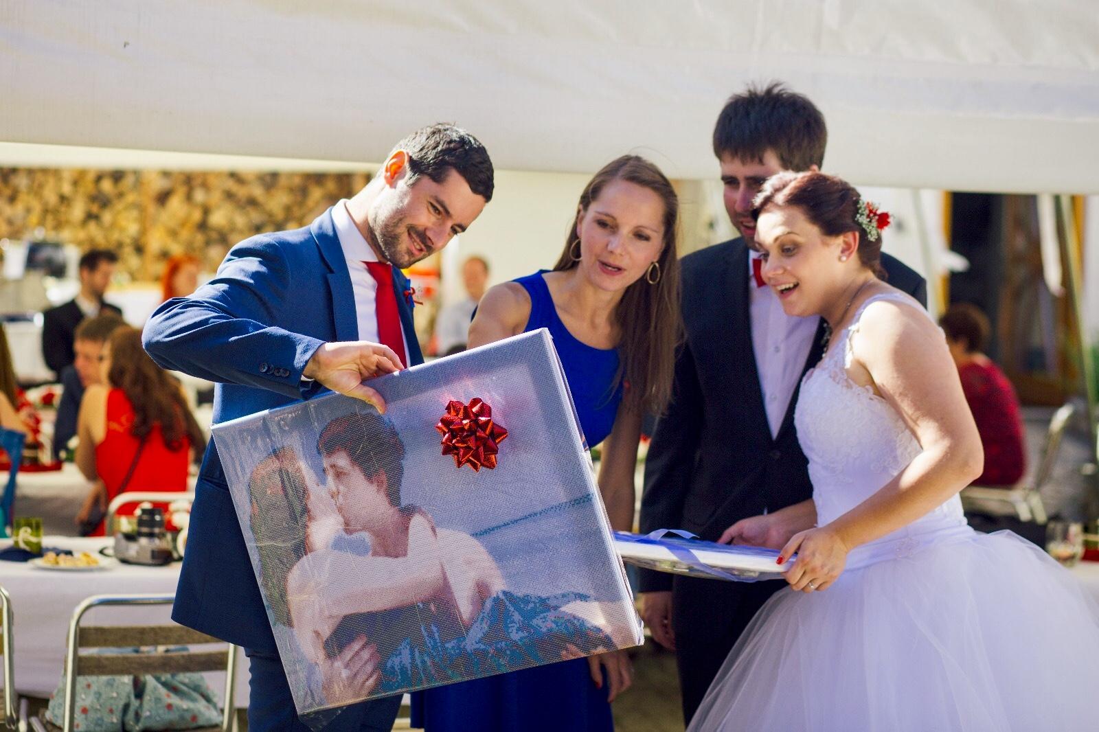 Darujte ke svatbě obraz podle fotky!