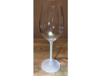 Pískování stopky(nožky) sklenice