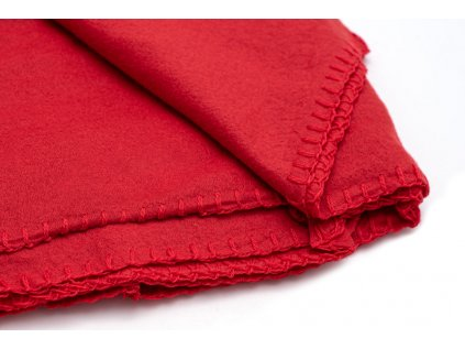 deka cervena