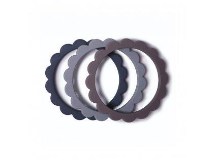 Mushie kousátko ze silikonu FLOWER Steel/Dove Gray/Stone