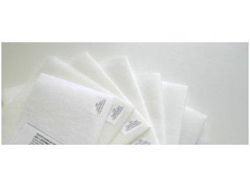 bílé podkladové materiály pro vyšívání metráž výseky