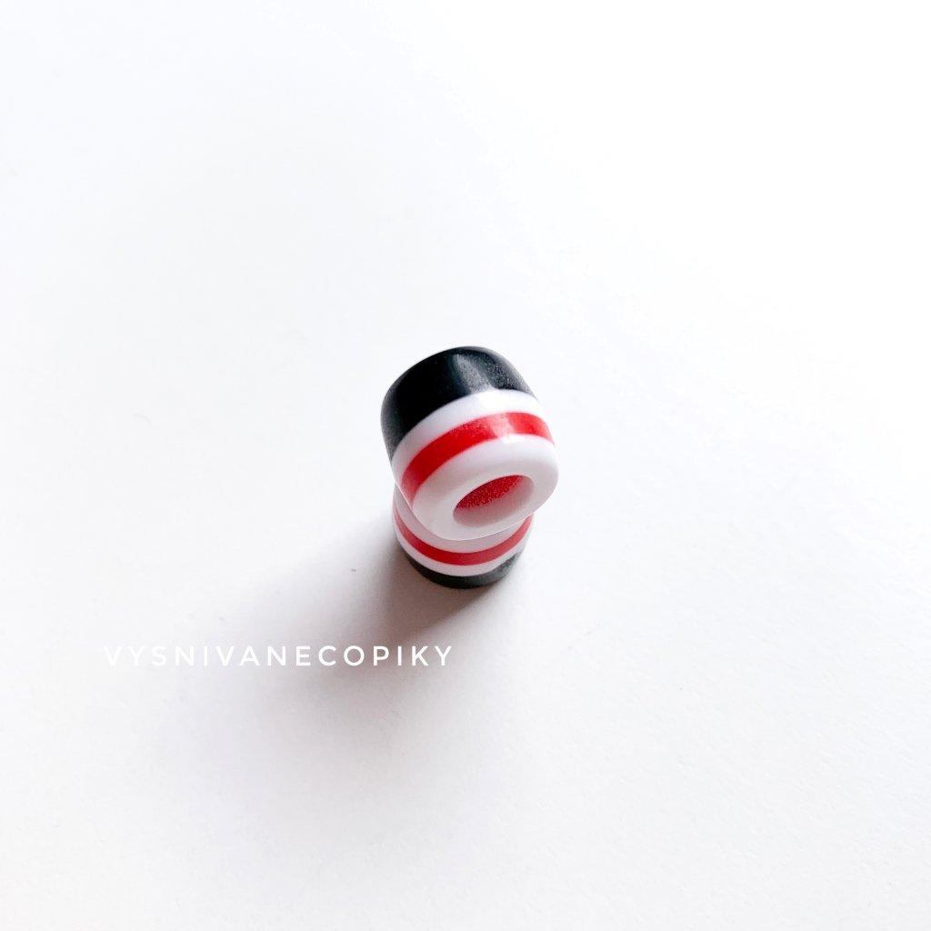 Korálka čierna/červená/biela - 11mm