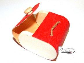 Dřevěná krabička 5,5 x 3,5 x 5,4 cm na gumičku - červená