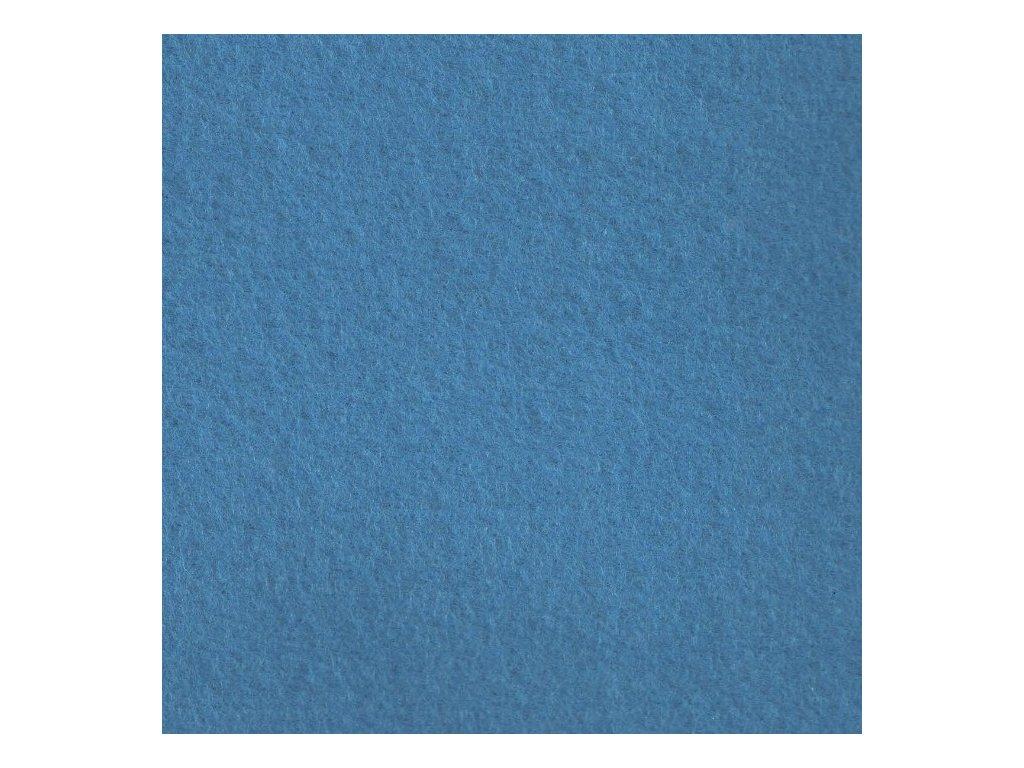 modrý středně