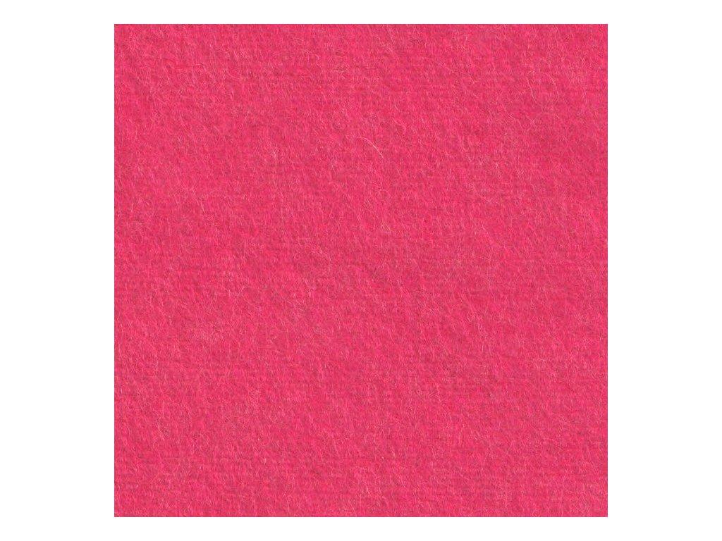 růžový sytě