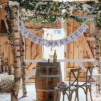 Svatební girlandy a pom poms