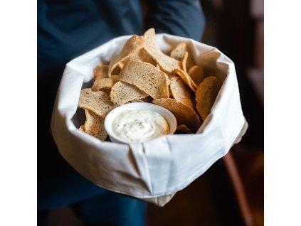 Chlebové chipsy