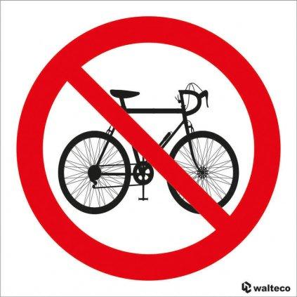 Zákaz vstupu s koly - symbol, 90x90mm, samolepka
