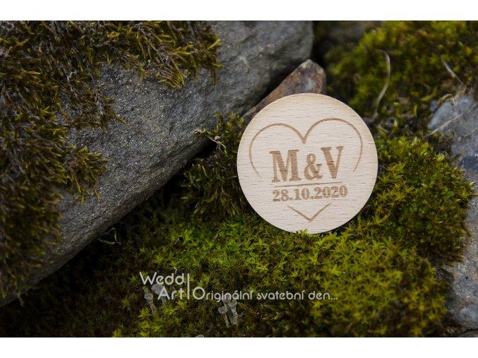 drevena placka svatebni vyvazek inicialy web