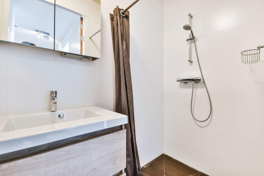 sprchove-zavesy-do-koupelny