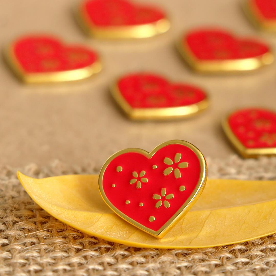 Brož - červené srdce