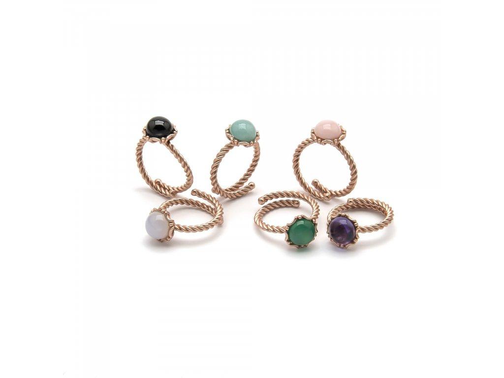 Prsten s drahými kameny
