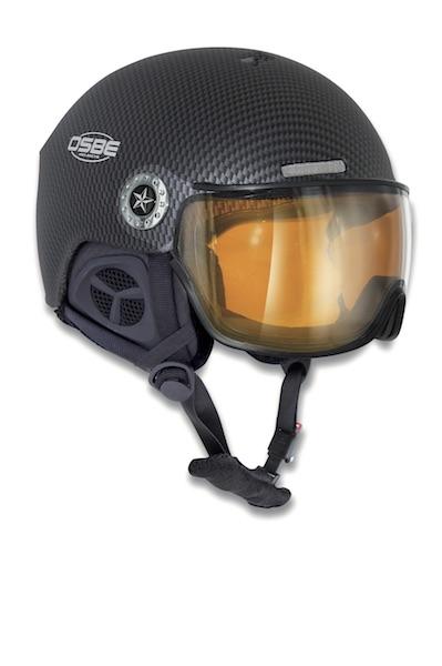 helmy se štítem