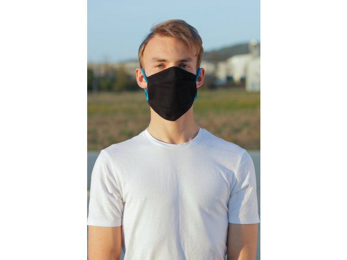 ROU.015 Dvoudílná ochranná rouška, černá s modrým ouškem (1)