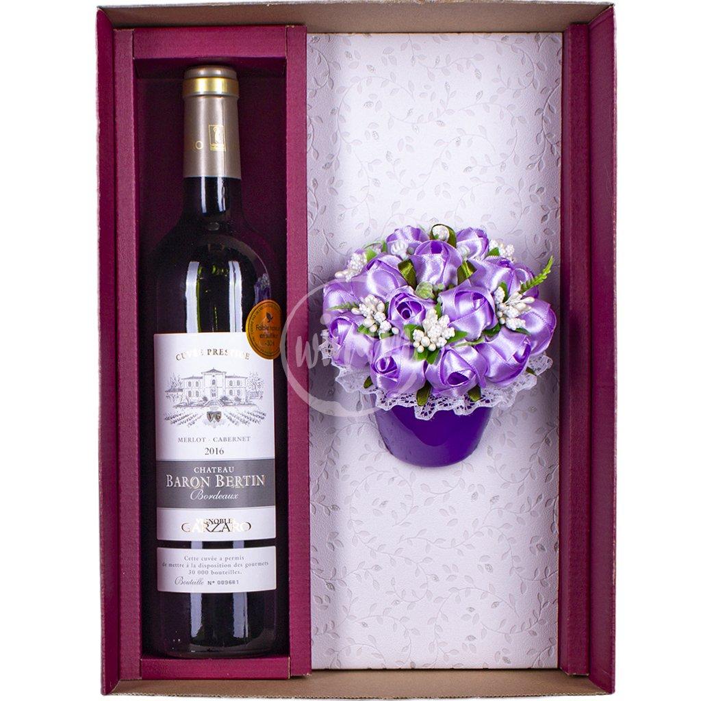 Červené Bordeaux s kytičkou růží