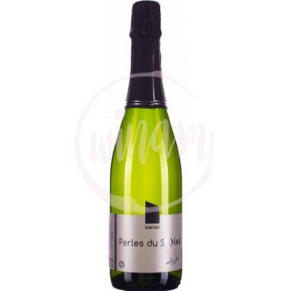 Polosuché šumivé víno z Francie