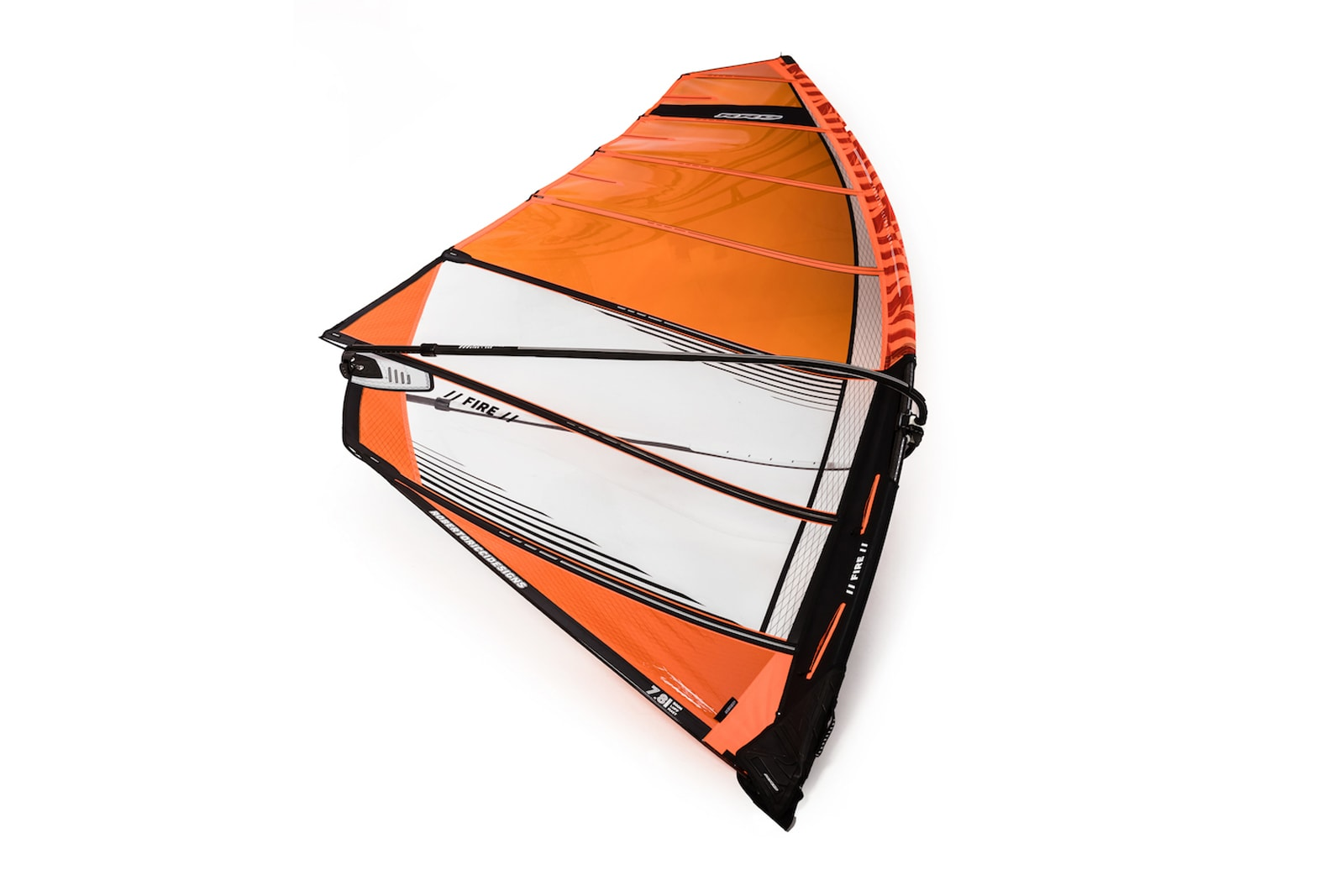 nastrojena plachta fire orange y25 rrd windsurfing karlin druha strana