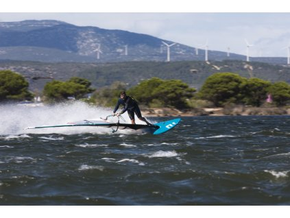 slalom plovak exocet rs carbon windsurfing karlin obe strany