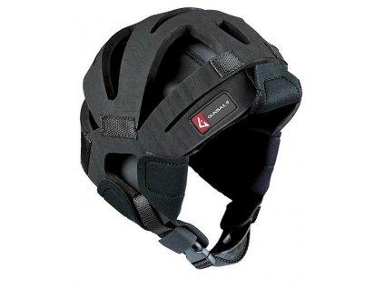 neoprenova helma od guns sails pro vodni sporty windsurfing a kiteboarding karlin
