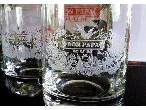 Don Papa sklenička