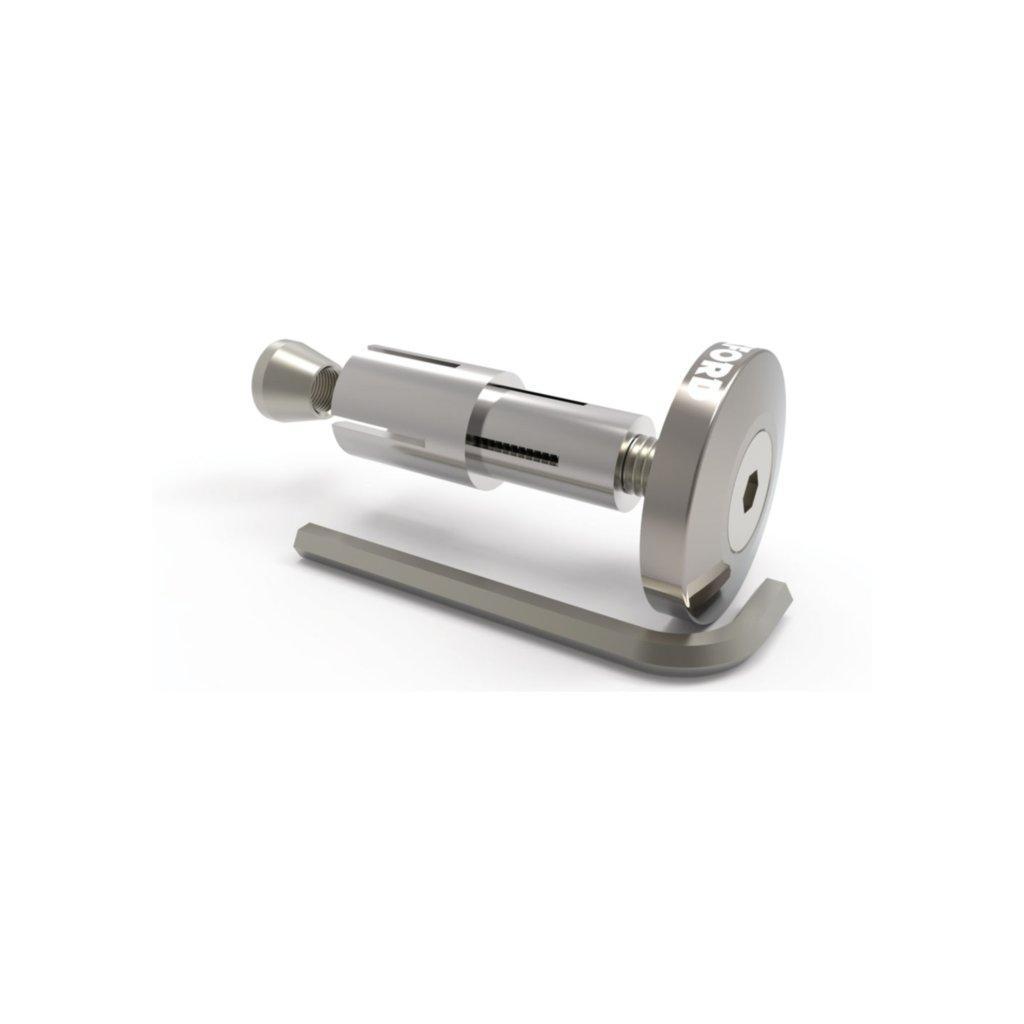 závaží řídítek Bar Ends 2 s konusem pro vnitřní průměr 13 a 18 mm (vnější 22 a 28,6 mm), OXFORD - Anglie (stříbrné, pár)
